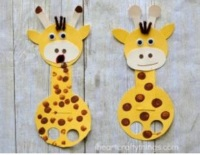 Giraffe fingerpuppet craft